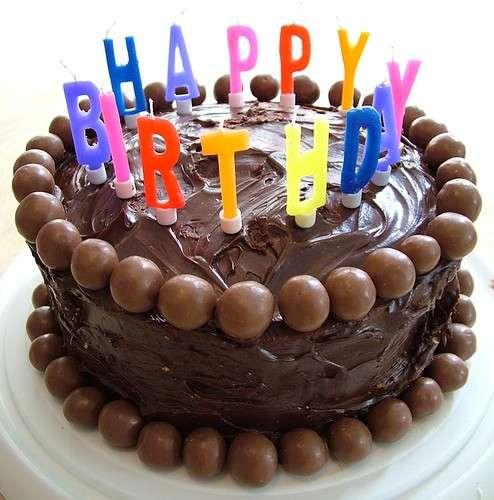 torta-compleanno-al-cioccolato-e-praline